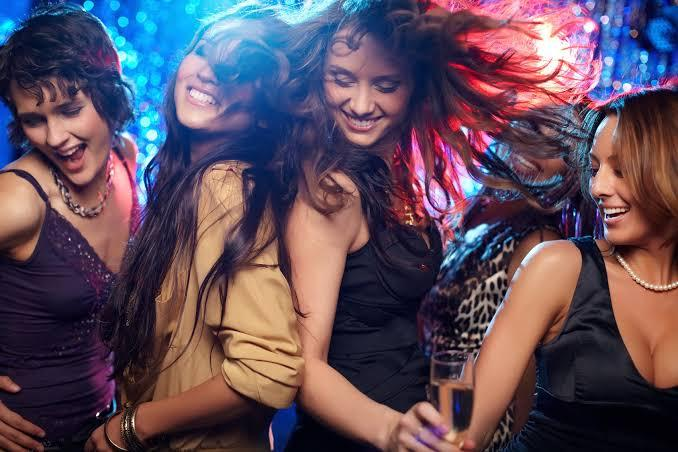 20 unique fun ideas for girls day and night out for summer #GirlsNight #fun #NightOut